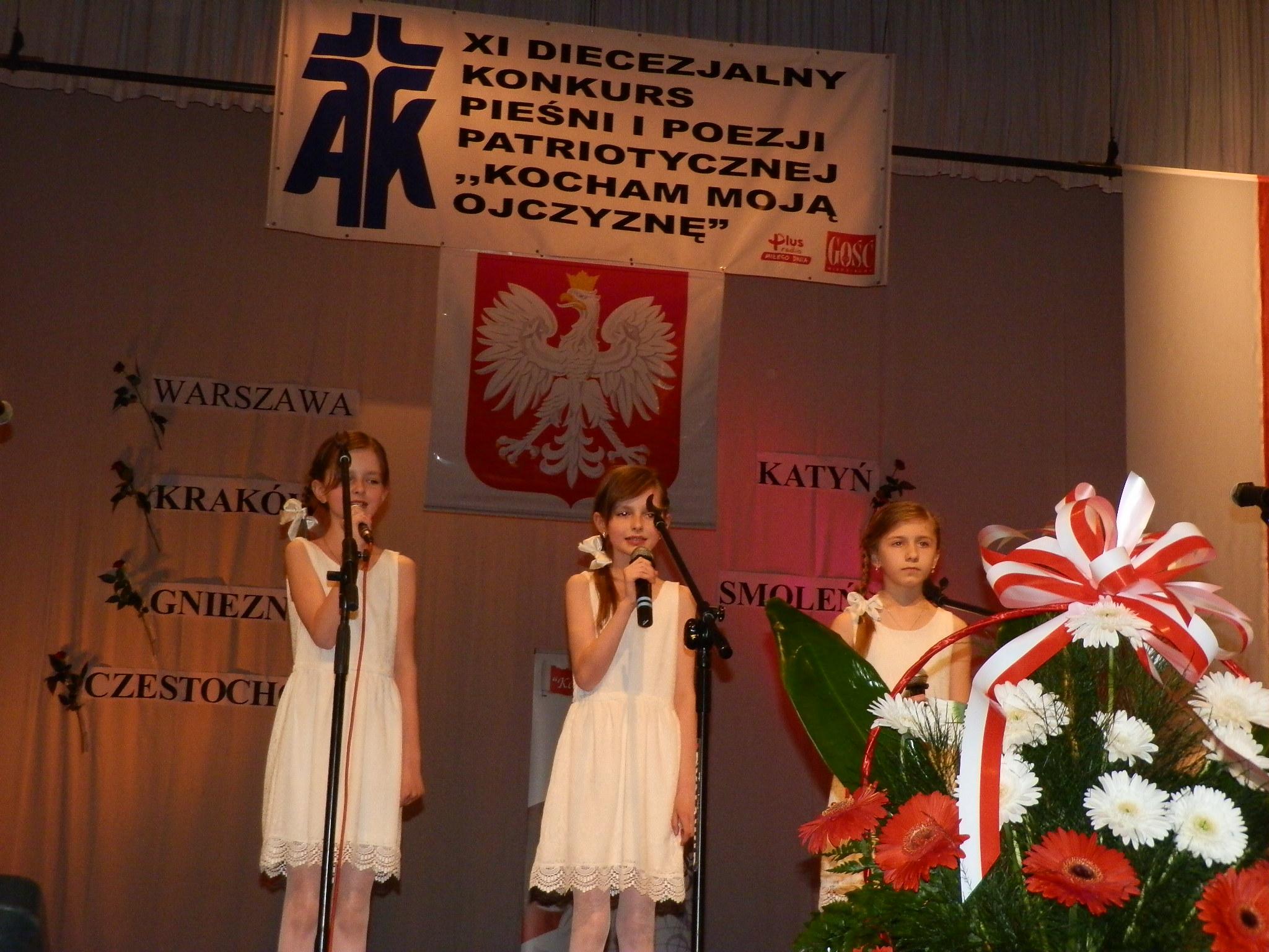 EEEERusza XV Diecezjalny Konkurs Pieśni i Poezji Patriotycznej