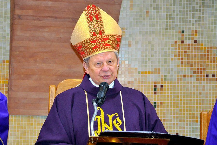 """EEEE""""To właśnie Duch Święty"""" – homilia Biskupa Radomskiego Henryka Tomasika wygłoszona w Turnie"""