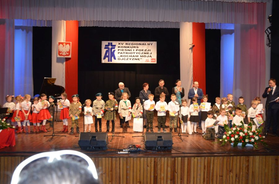 EEEESukces Regionalnego Przeglądu Pieśni i Poezji Patriotycznej w Opocznie