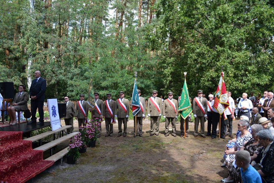 EEEESzczególne obchody stulecia polskiej niepodległości w Borowinie k. Klwowa