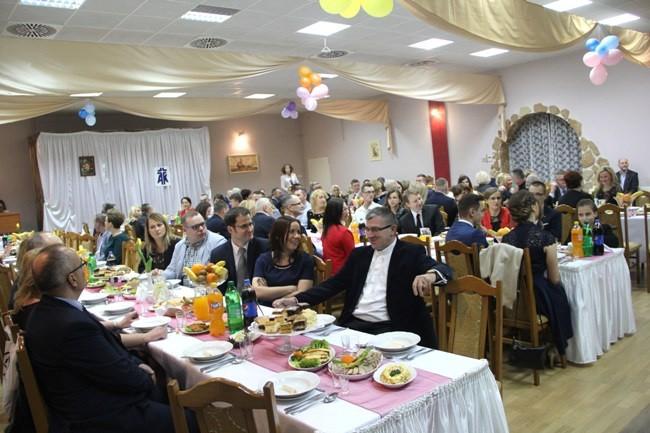 EEEELudzie dobrego serca proszeni na Bal Karnawałowy!