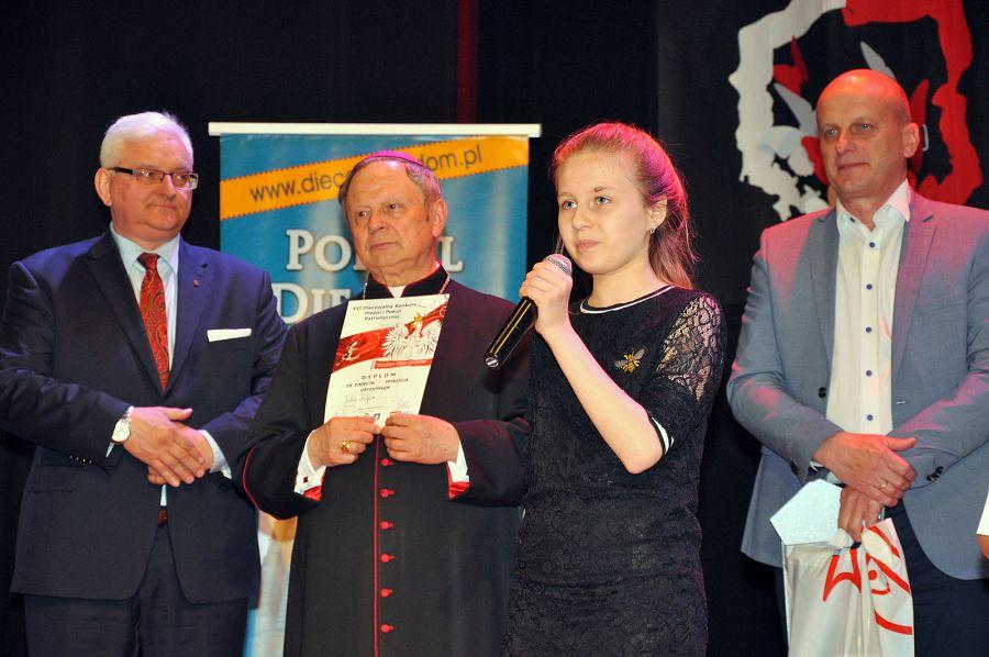 EEEEMasz talent? Zgłoś udział w Konkursie Pieśni Poezji Patriotycznej!