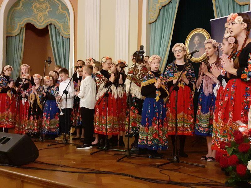 EEEEW Warszawie zaśpiewali też młodzi radomianie. Sukces!
