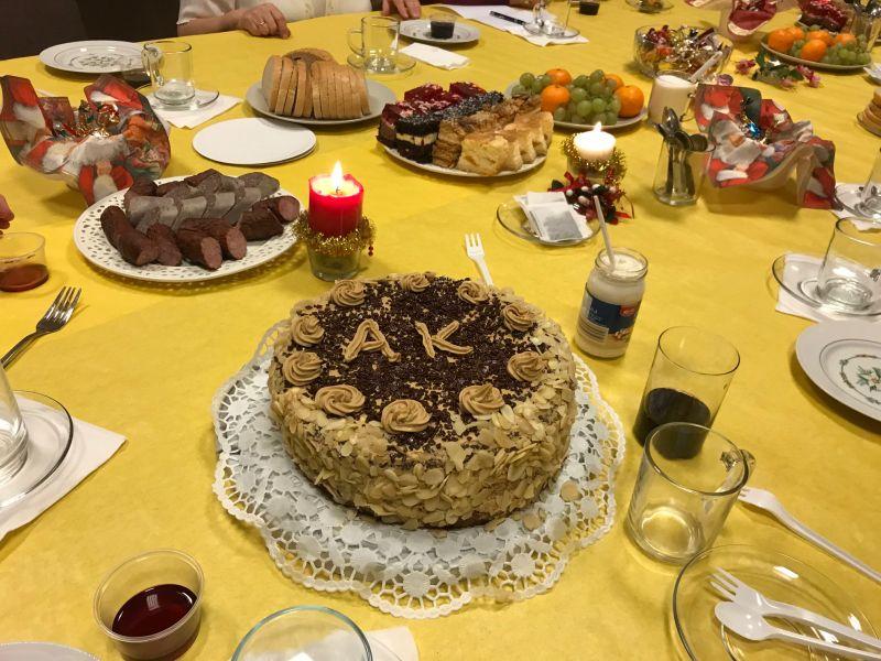 EEEEA po modlitwie… był tort!