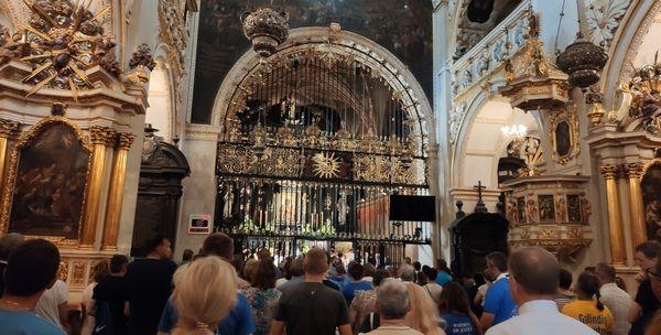 EEEE19 czerwca modlitwa członków Akcji Katolickiej przed Cudownym Obrazem
