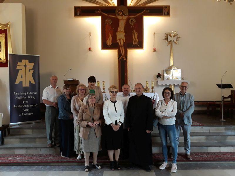 EEEEPełne skupienie i modlitwa na Wośnikach!